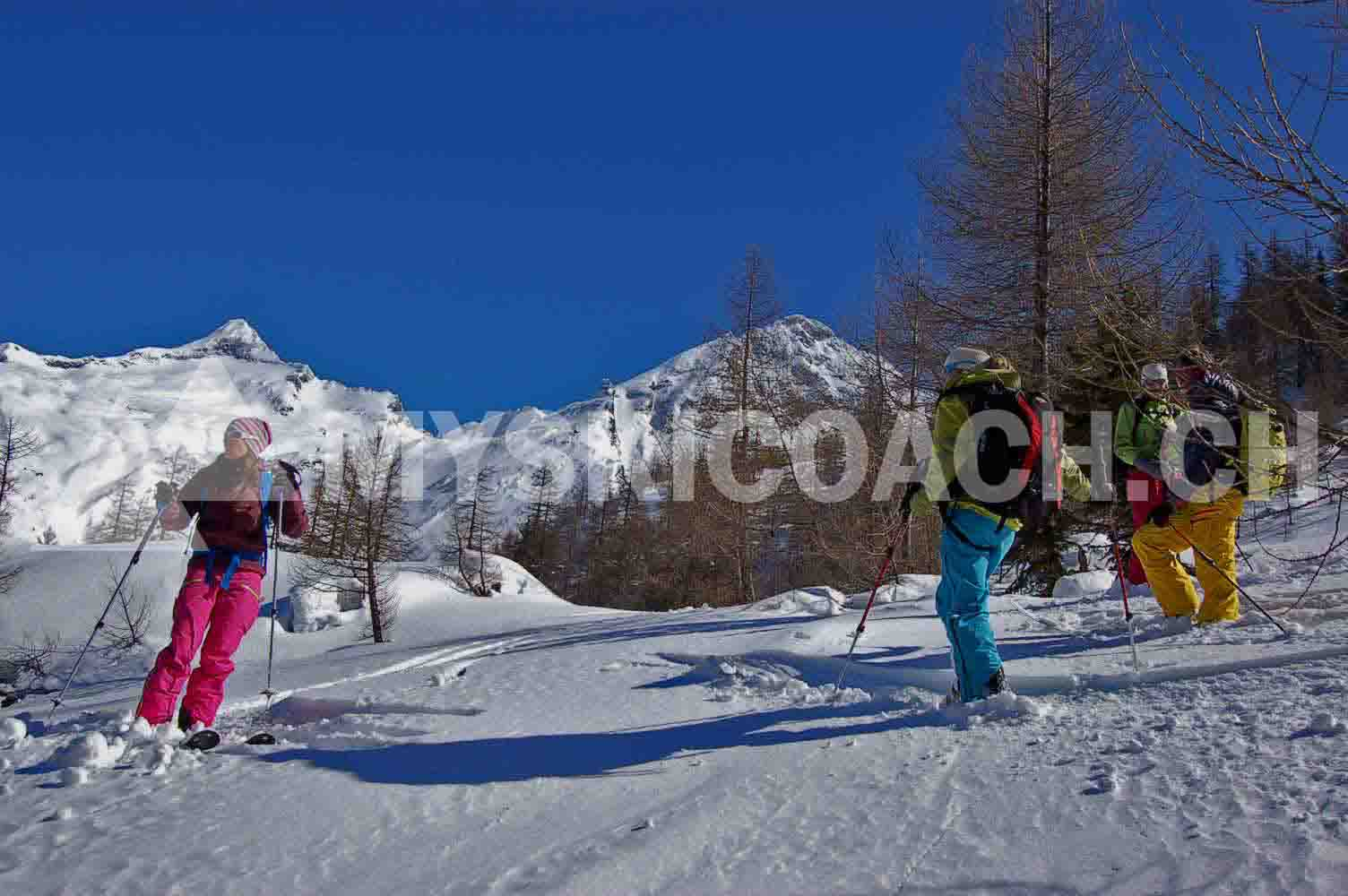 Freeride dames ¦ Cours privé technique du ski hors piste pour les femmes
