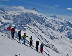 Ladies only ¦ Private off piste skiing/freeride lesson