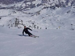 Carving skiing private lesson in Valais