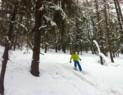 Cours privé de ski freeride pour les adolescents